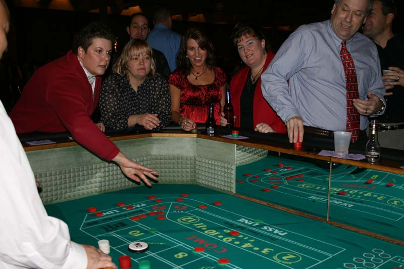 how to play craps casino style